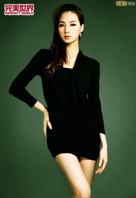 完美2012ChinaJoy气质美女 爱拍原创新闻中